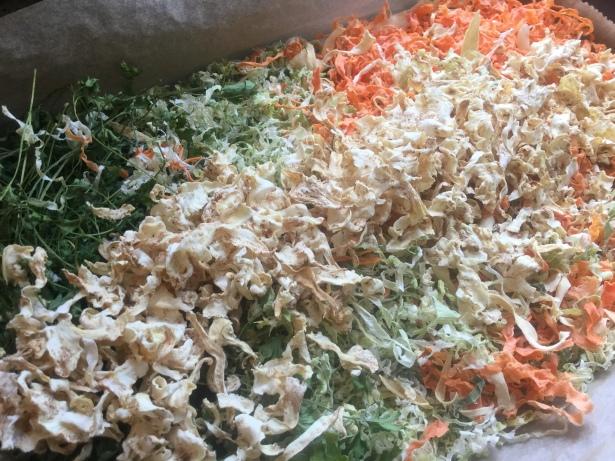 Getrocknetes Suppengrün